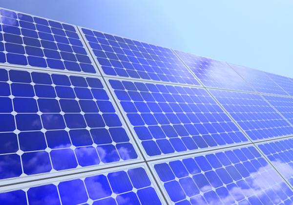 """השקעה במערכת סולארית או השקעה בנדל""""ן ?"""